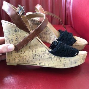 Shoes - NWOT Maurice's wedge heel 9 sandal